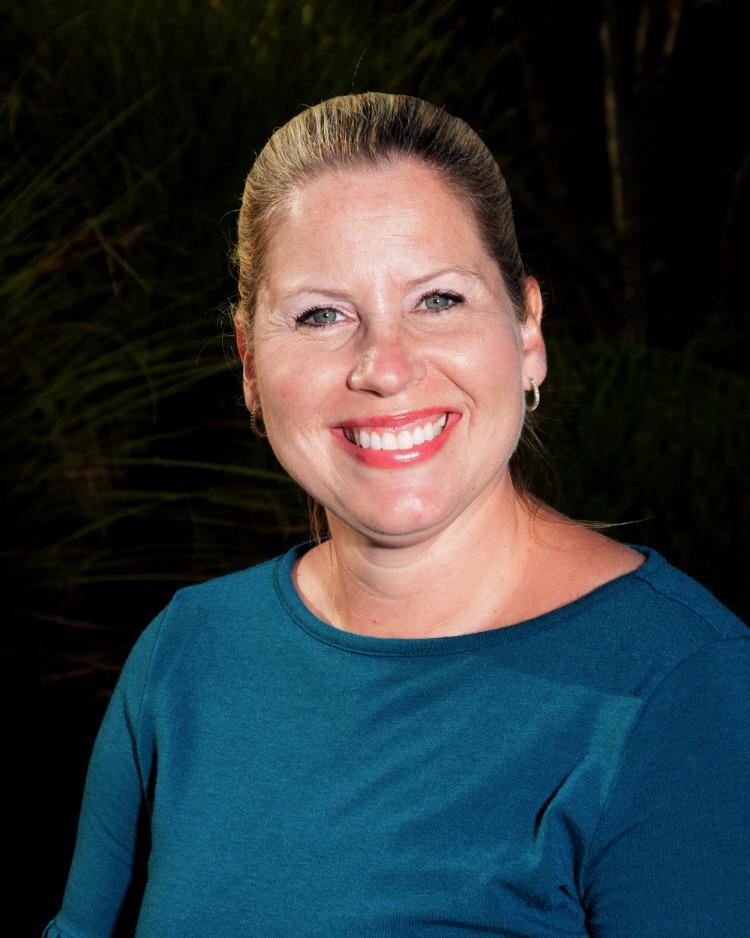 Jennifer DeNunzio; Social Worker